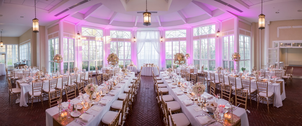 Tupper Manor pink wedding setting