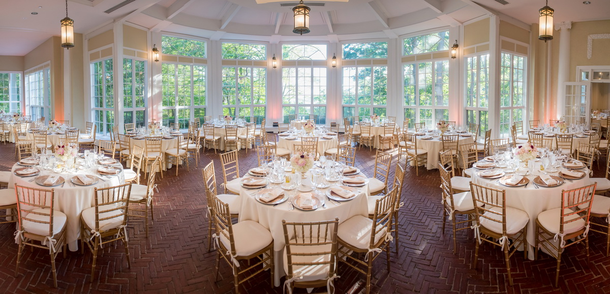 Tupper Manor wedding venue